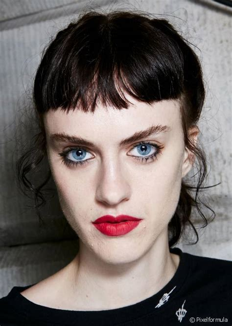 Baby bangs: The ultra short trend
