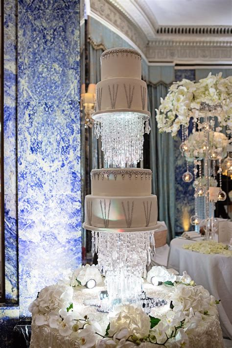 expensive wedding cakes  history