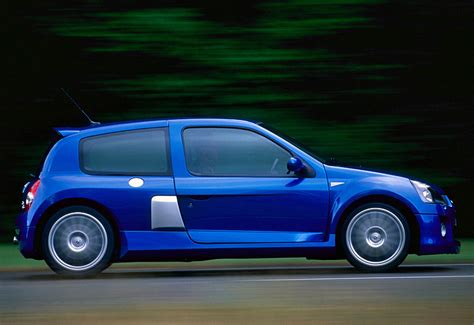 2003 Renault Clio V6 Sport (Mk2) - specifications, photo ...