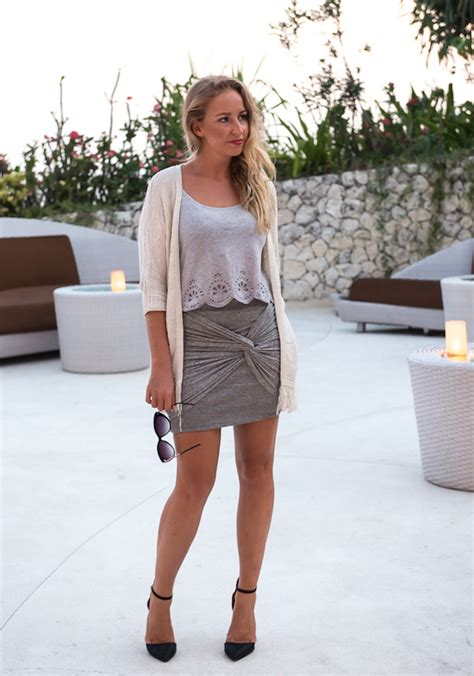 grey cardigan for a summer cocktail