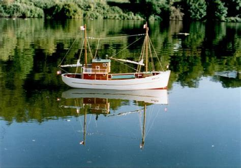 Fishing Boat Artur by Artur Fishing Boat Scale Model Plans Projects To Try