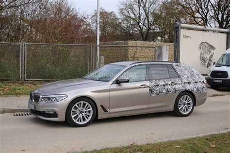 Bmw 5 Series Touring Backgrounds by 2017 Bmw 5 Series Touring Sheds Camo Likely To Debut In
