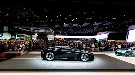 La voiture noire is a far more than a modern interpretation of jean bugatti's type 57 sc atlantic. Bugatti La Voiture Noire owner must wait for 2.5 years after paying Rs 133 crore - IBTimes India