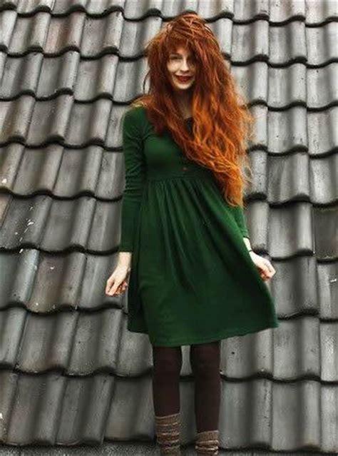 colors  redhead     closet   green redhead revolution