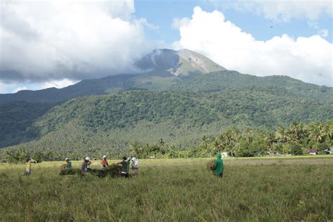 fast facts mt bulusan  phs   active volcano