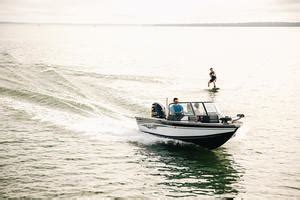 Fish And Ski Boat Buyers Guide by Alumacraft Fish And Ski Boat Buyers Guides