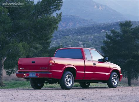 chevrolet   extended cab specs
