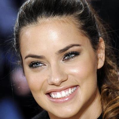 Adriana Lima Biography   married, affair, divorce