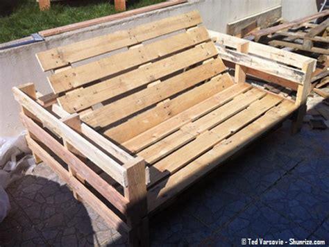 plan canapé bois canape avec palette bois maison design sphena com