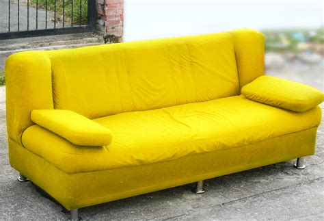 Spray Paint Leather Sofa by How To Spray Paint Your Sofa 14 Steps With Pictures