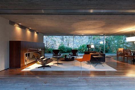 wooden patio house  marcio kogan