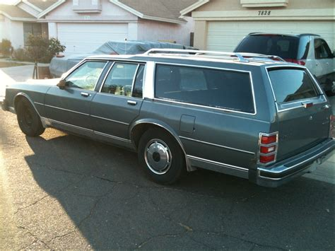 Chevrolet Caprice Classic Wagon  Specs, Photos, Videos