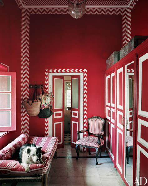 fashion star turned interior designer lives