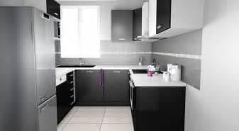 cuisine noir blanc cuisine blanc plan de travail noir cuisine nous a
