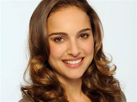 Actresses With Hair And Brown by Natalie Portman Hd Wallpaper Background Image