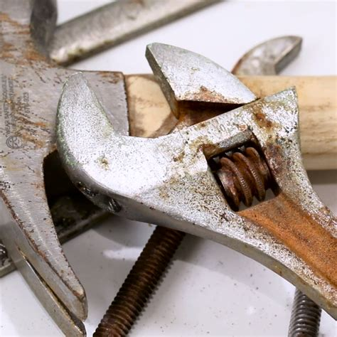 tools rust rusty cleaning remove clean hack natural diy woodworking garage naturally workbench garden way wood tool removal hacks read