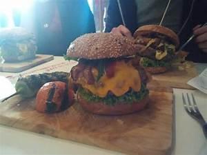 Lily Burger Berlin : lily burger picture of lily burger berlin tripadvisor ~ Orissabook.com Haus und Dekorationen