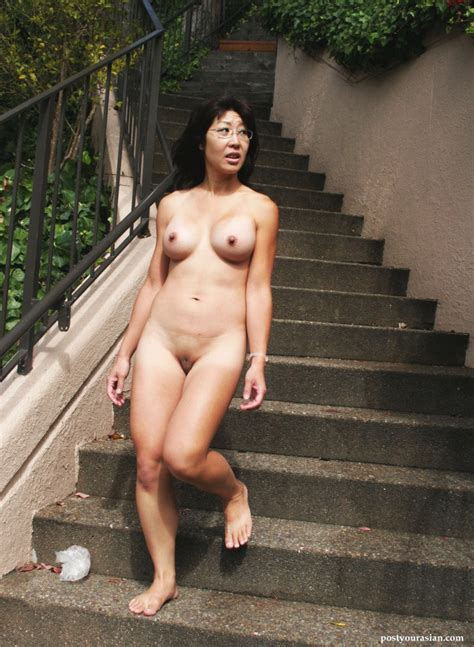 Japanese Amateur Milf Showing Off That Sexy Nude Asian Milf Body In Public Imgur