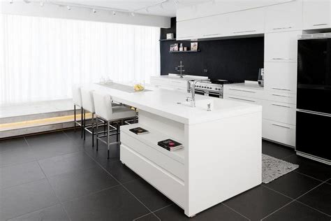 credence cuisine noir et blanc credence en carrelage pour cuisine 8 en noir et blanc