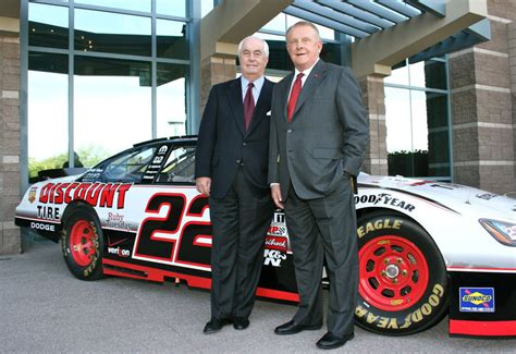 Bruce Halle, Founder Of Discount Tire, Is Dead At 87