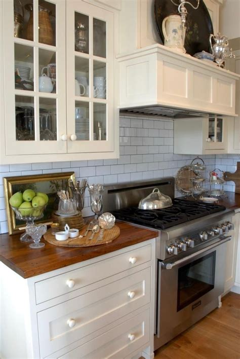 pictures of grey kitchen cabinets 1000 ideas about 1920s kitchen on vintage 7458