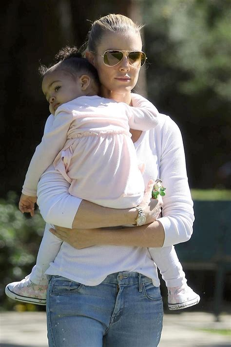 paige butcher  daughter izzy spend time   park