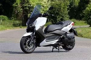 Maxi Scooter Occasion : essai du maxi scooter yamaha x max 400 photo 1 l 39 argus ~ Medecine-chirurgie-esthetiques.com Avis de Voitures