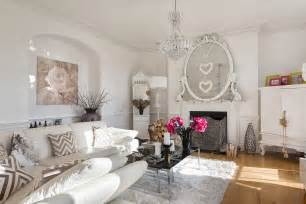 Cottage Style Fireplace by 50 Resourceful And Classy Shabby Chic Living Rooms