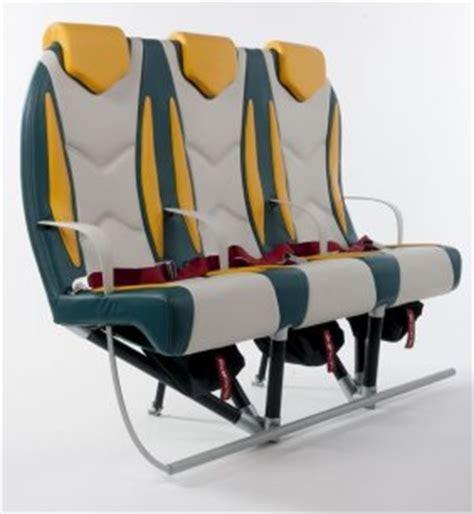siege d avion airbus boeing trois jeunes français créent un siège d