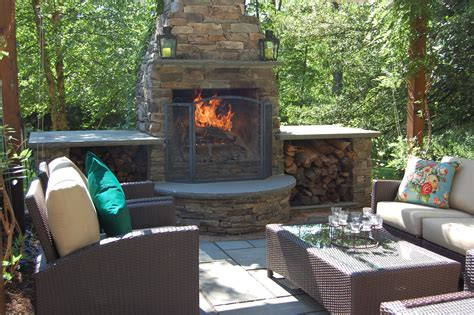 Outdoor Fireplace Vs Fire Pit