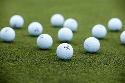How to Choose the Right Golf Ball | Wilson Sporting Goods