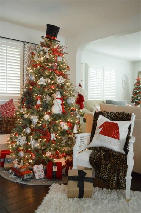 christmas tree decorated with snowmen plaid tree ideas plaid is always in style