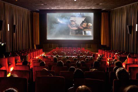 Star Trek Voyager Wallpaper Classic Cinemas School Groups