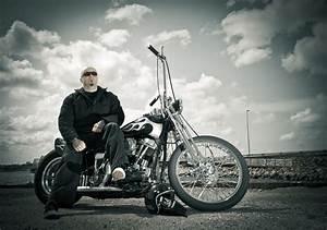 Biker harley davidson chopper bike wallpaper | 4065x2863 ...