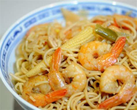 recette de cuisine au wok recette nouilles chinoises sautées aux crevettes