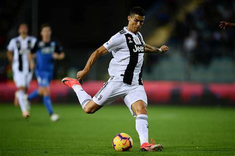 Le missile de Cristiano Ronaldo avec la Juventus - Italie ...