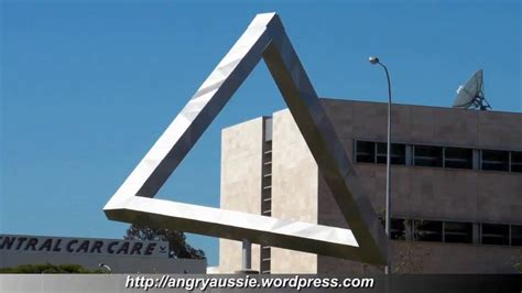 impossible escher style triangle   real life youtube