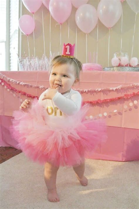 adorable pretty in pink 1st birthday party hostess with 141 best pink birthday party images on pink