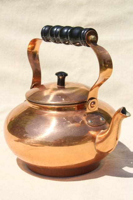 country kitchen kettle 70s 80s vintage copper tea kettle colonial or country 2826