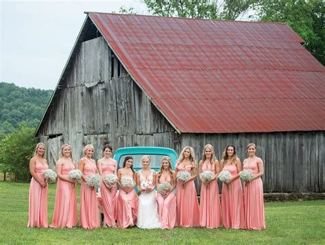 not shabby barn shabby chic nashville wedding matt ashley the pink bride