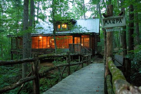 coziest fall cabin rentals  north carolina