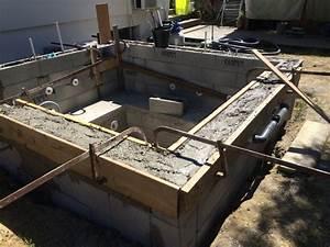 Coffrage Terrasse Beton : coffrage des murs et enduit des parois verticales construction d 39 une petite piscine en b ton ~ Medecine-chirurgie-esthetiques.com Avis de Voitures