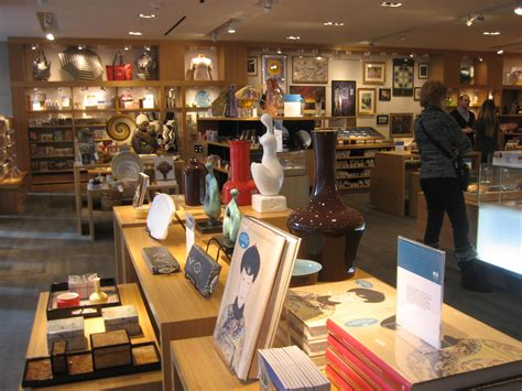christmas shopping at the museum gift shope in richmond virginia it s a country inn day culture day carol mccarthy
