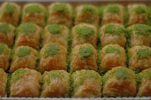 Greek Baklava vs Turkish Baklava images