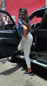 selena gomez booty  tights  gotceleb