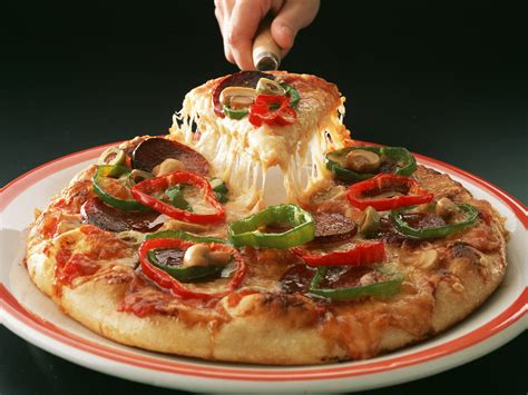 cuisine pizza tasty pizza wallpapers and images wallpapers