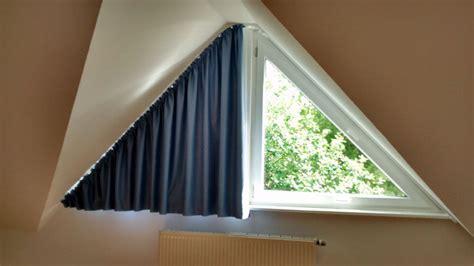 Vorhang Für Dreiecksfenster Wie Befestigen