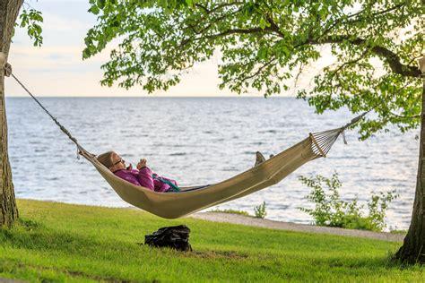 Relaxing Images File Relaxing In The Hammock By The Sea Near Almedalen Jpg