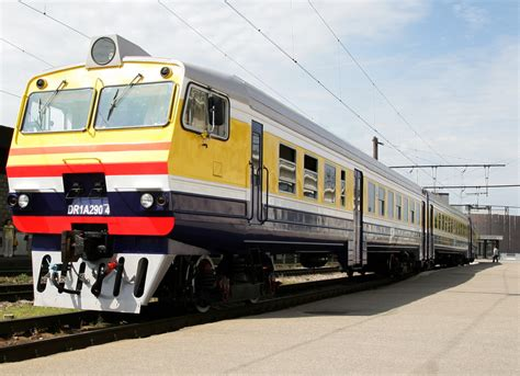 Par izmaiņām pasažieru vilcienu kustības sarakstos ...