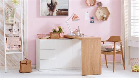 table ilot de cuisine la table pivotante idéale pour petits espaces déconome